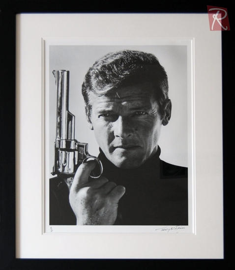 Picture of Terry O'Neill - Roger Moore 007 1973