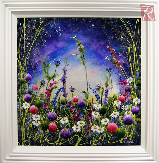 Picture of Flitting Through the Daisies
