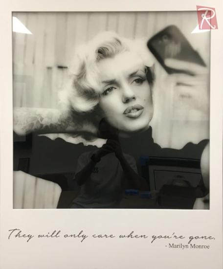 Picture of Monroe Selfie - Light Box